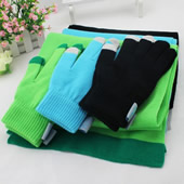 Touch Screen Gloves And Scarf Set